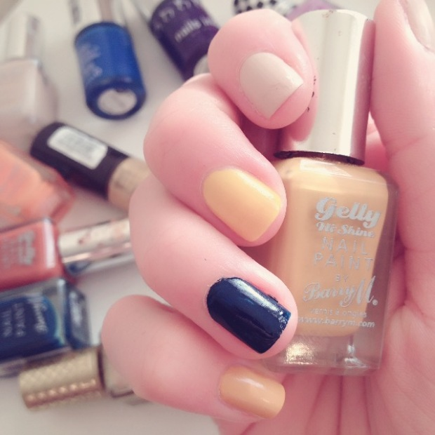 Nail polish base colours in Barry M Gelly Hi Shine Lychee, Mustard and Blackberry